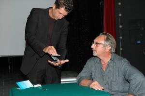Conferenza di magia. Alain insegna al cadm (circolo amici della magia) di Torino
